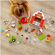 LEGO DUPLO Town 10952 Stodola, traktor a zvířátka z farmy - LEGO stavebnice