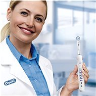 Oral-B Junior Smart White (Smart 4 tech) - Elektrický zubní kartáček pro děti