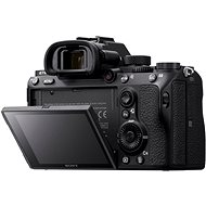 Sony Alpha A7 III + TAMRON 70-300mm F/4.5-6.3 Di III RXD - Digitální fotoaparát