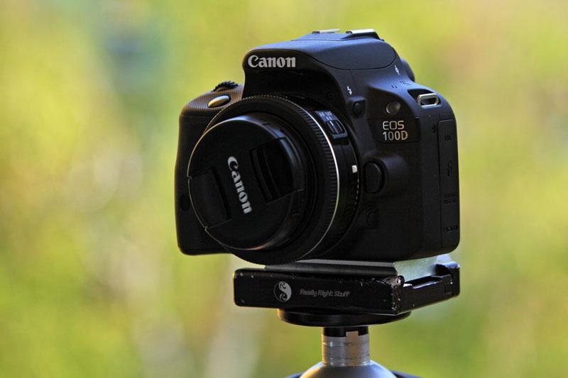 Canon EOS 100D - nejmenší a nejlehčí zrcadlovka
