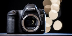 https://cdn.alza.cz/Foto/ImgGalery/Image/Article/Canon-EOS-6D-mark-ii-nahled_1.jpg