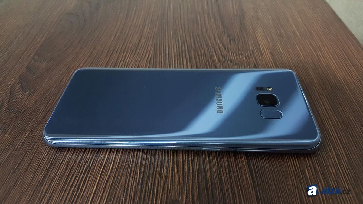 Samsung Galaxy S8+, zadní strana