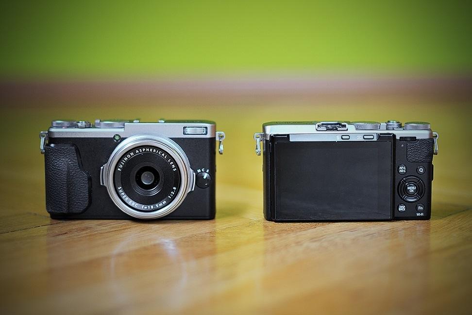 Fujifilm X70; recenze