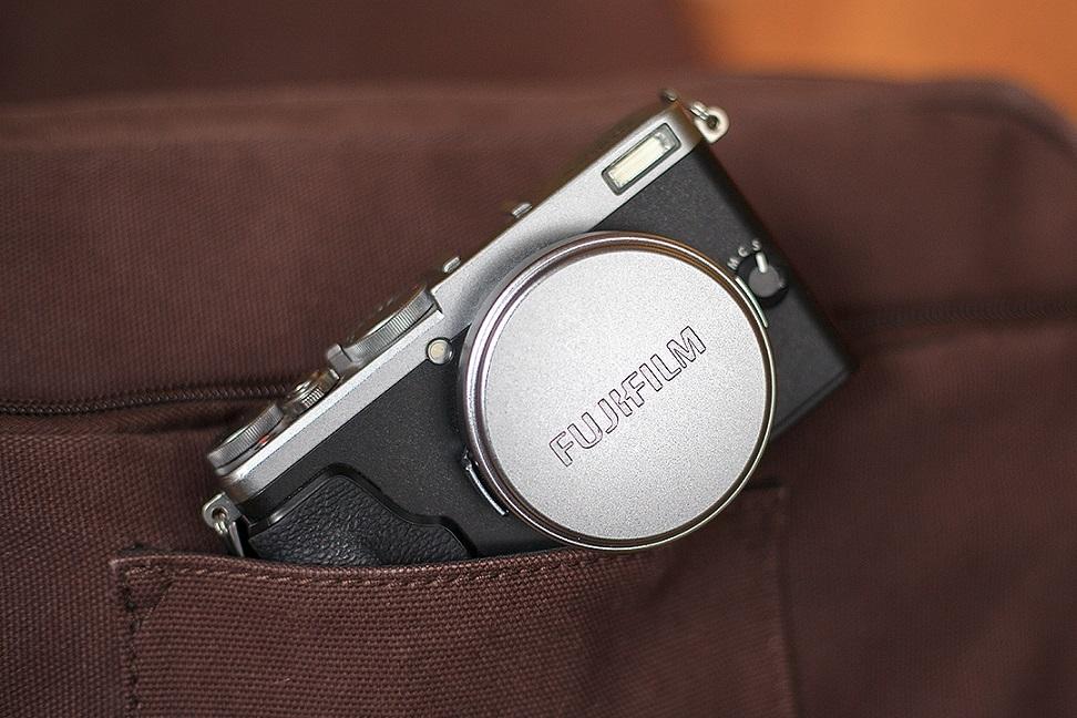 Fujifilm X70; krytka