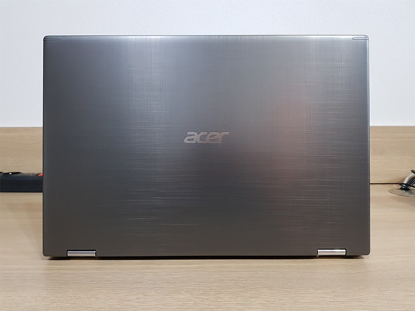 Acer Spin 5 – konstrukce