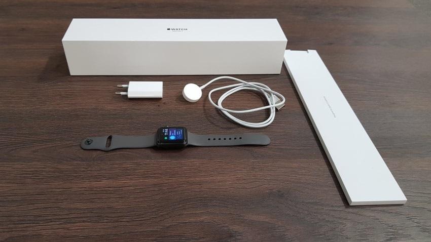 Apple Watch 3 GPS, obsah balení