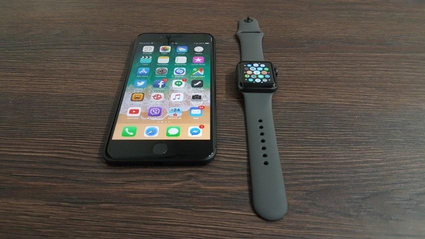 Apple Watch 3 a iPhone 8 Plus