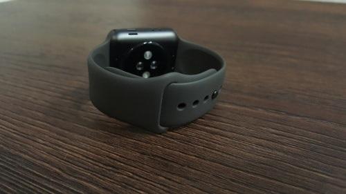 Apple Watch 3, uchycení