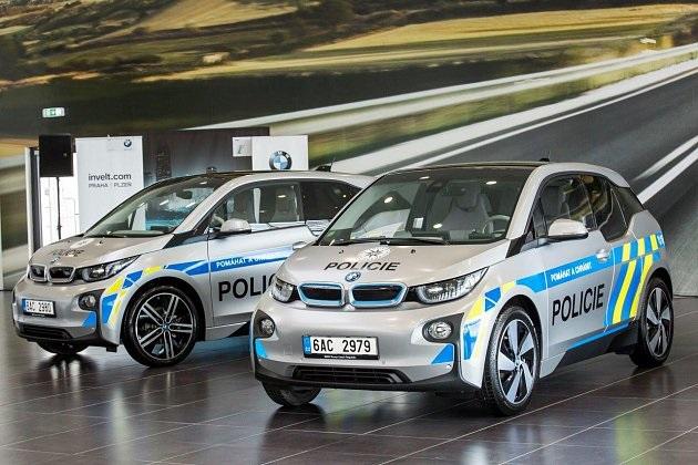 BMW i3; policie