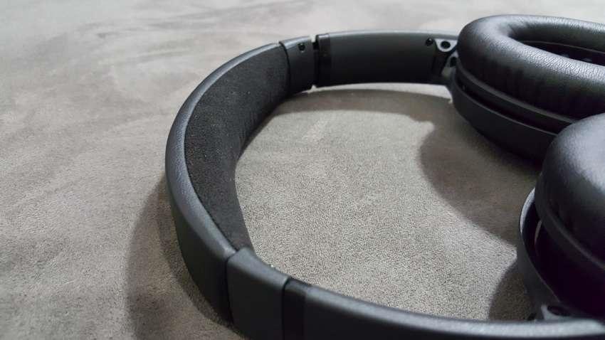 Sluchátka QuietComfort 35 v zavřeném poudře