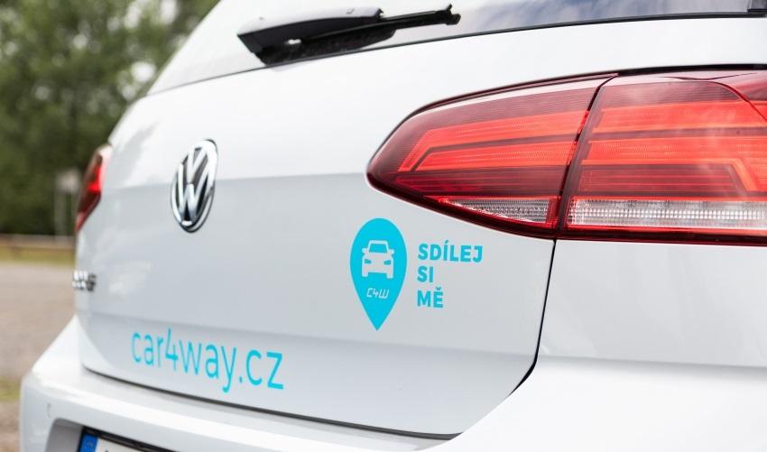 Sdílení elektromobilů