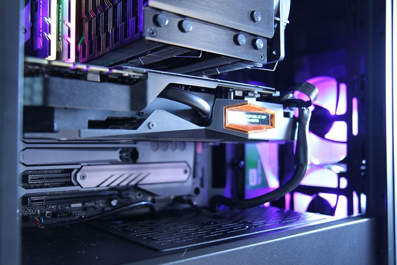 Cooler Master Masterbox MB500, recenze, PC skříň, hodnocení, design