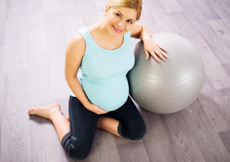 Cvičení na míči pro těhotné