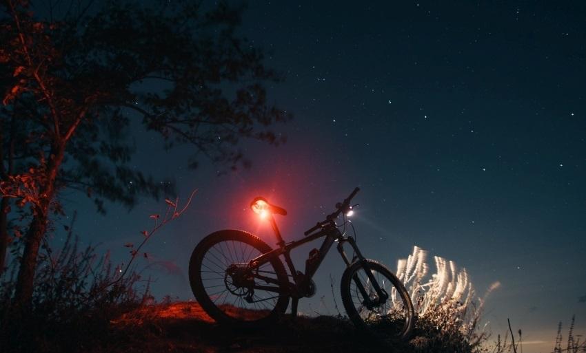 Cyklodoplnky; svetla