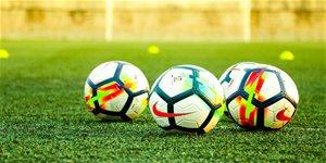https://cdn.alza.cz/Foto/ImgGalery/Image/Article/fotbalovy-mic-uvodni-2.jpg