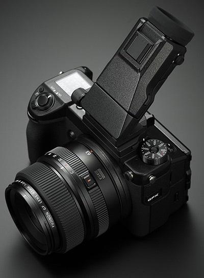 Fujifilm GFX 50S; středoformátový fotoaparát; hledáček