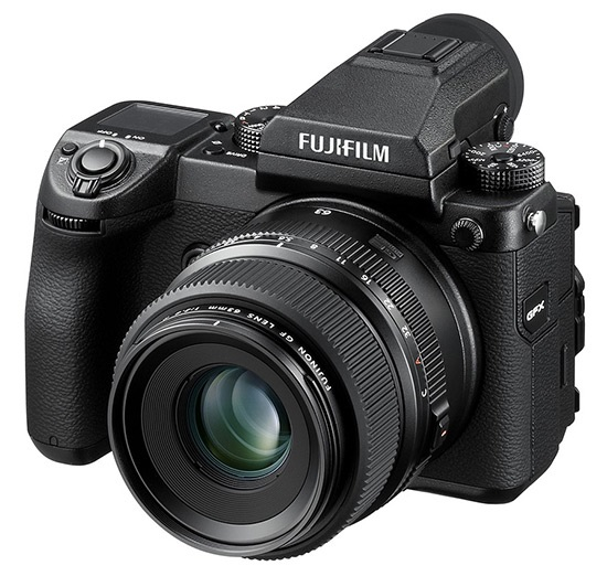 Fujifilm GFX 50S; středoformátový fotoaparát; celkový pohled