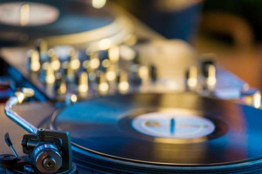 Vinylové desky a retro gramofony zažívají renesanci