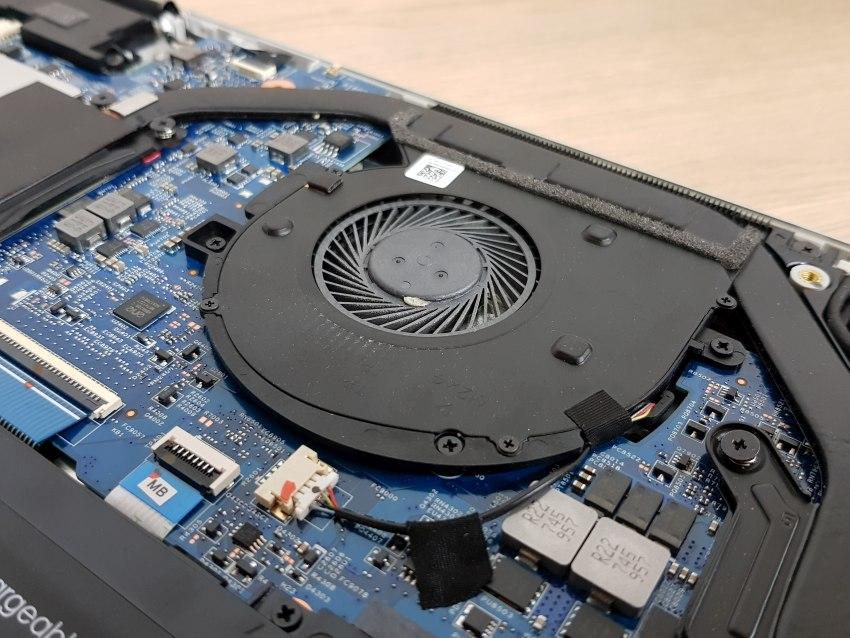 HP Envy 15 – ventilátor