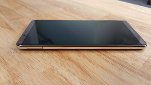 Huawei Mate 10 Pro, slot na dvě NanoSIM