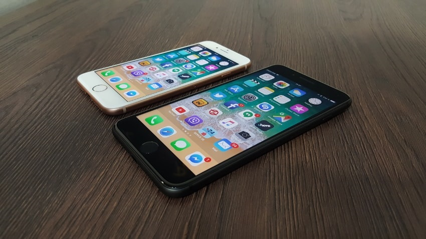 Telefon Apple iPhone 8 a 8 Plus