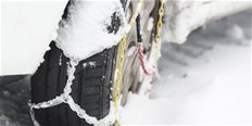 https://cdn.alza.cz/Foto/ImgGalery/Image/Article/jak-vybrat-snehove-retezy-obrazek.jpg