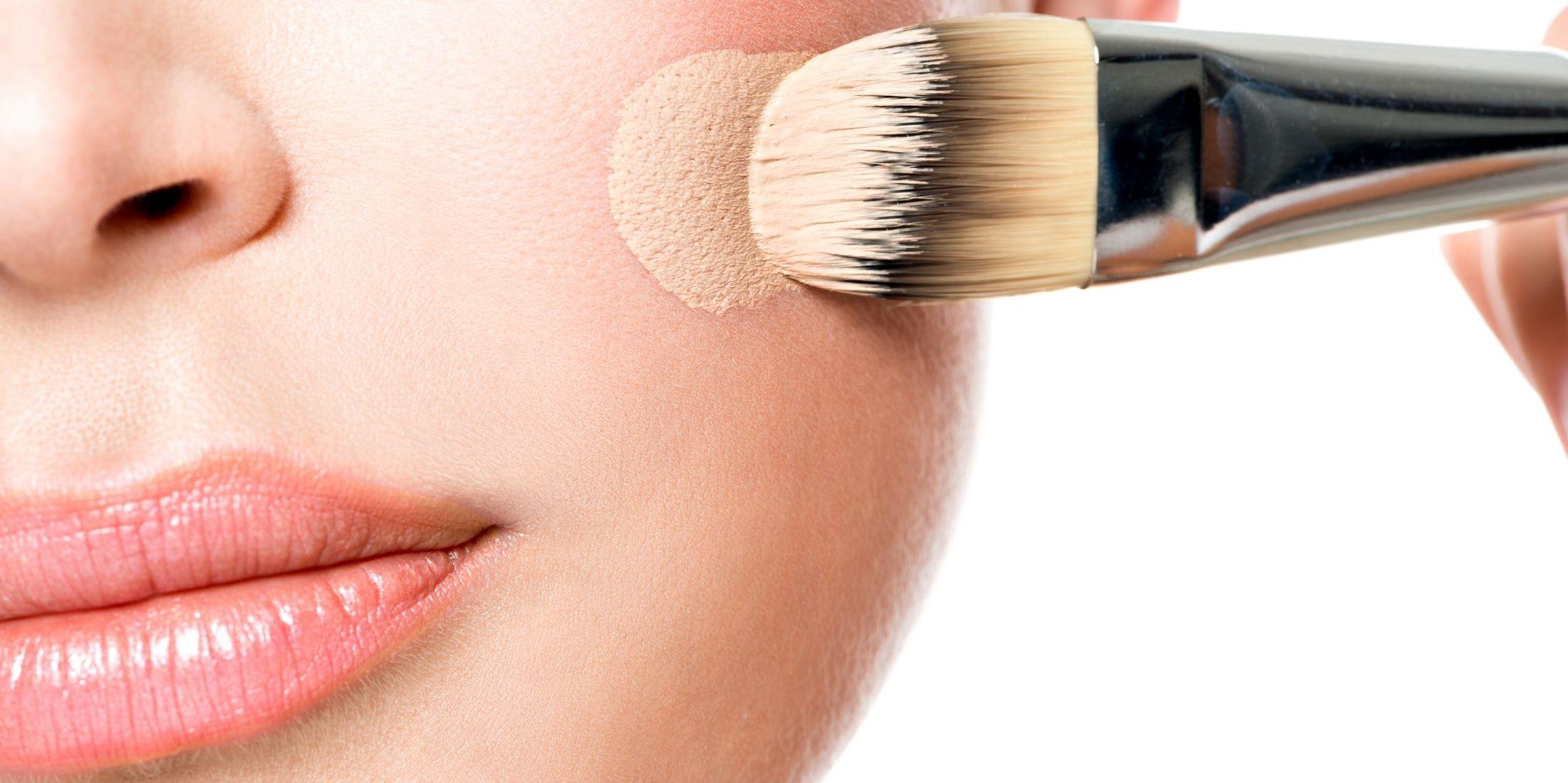 https://cdn.alza.cz/Foto/ImgGalery/Image/Article/make-up-jak-vybrat.jpg