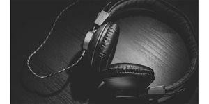 https://cdn.alza.cz/Foto/ImgGalery/Image/Article/nejlepsi-sluchatka-headphones-nahled_1.jpg
