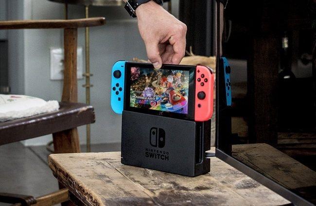 Switch - zasunutí do konzole