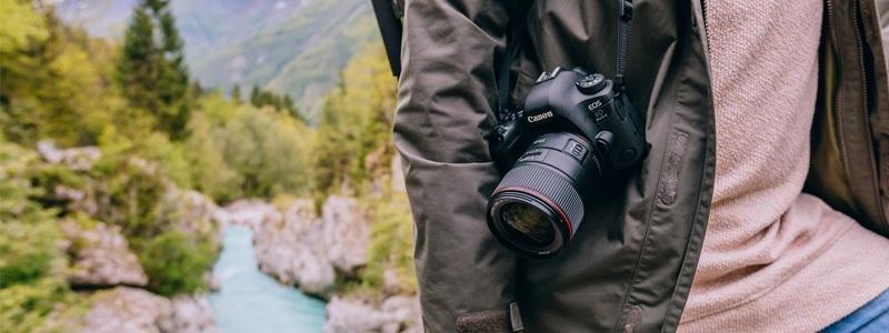 Ochrana fotoaparátu na letní dovolené