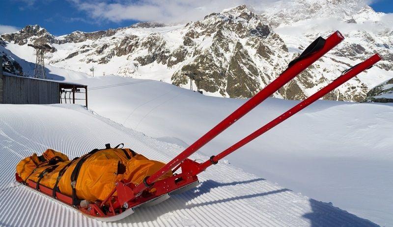 Speciální nosítka usnadňují práci horské službě
