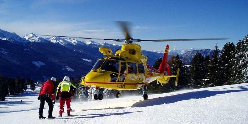 Transport vrtulníkem stojí tisíce EUR