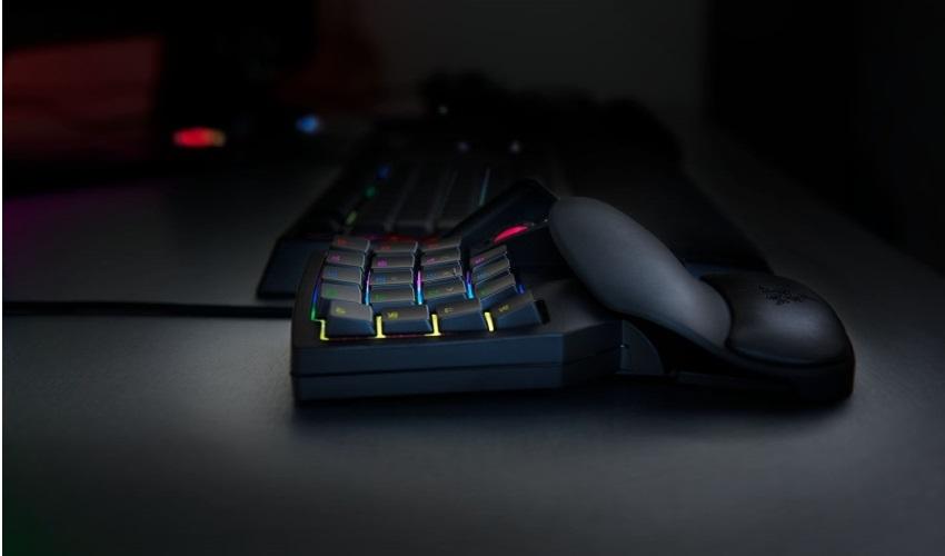 Herní keypad Razer Tartarus V2