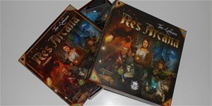 https://cdn.alza.cz/Foto/ImgGalery/Image/Article/res-arcana-recenze-cover-wide-nahled.jpg