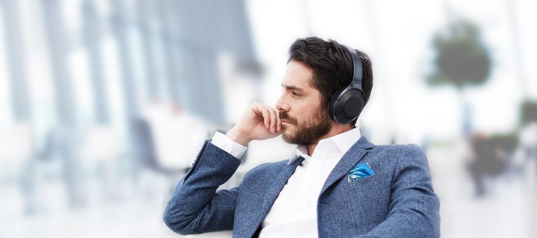 Bezdrátová sluchátka SONY MDR-1000X