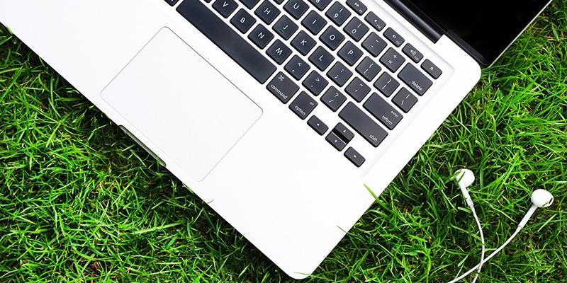 Pět notebooků pro práci venku a na cestách (SROVNÁVACÍ RECENZE A TESTY)