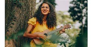 https://cdn.alza.cz/Foto/ImgGalery/Image/Article/ukulele-hracka-priroda.jpg