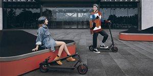 https://cdn.alza.cz/Foto/ImgGalery/Image/Article/xiaomi-mi-electric-scooter-pro-elektricka-kolobezka.jpg