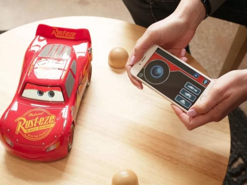 Ultimate Lightning McQueen; ovládání telefonem