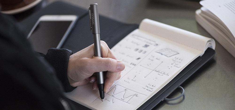 Wacom Bamboo Spark - uloží až 100 stran skic, převod skic do digitální podoby
