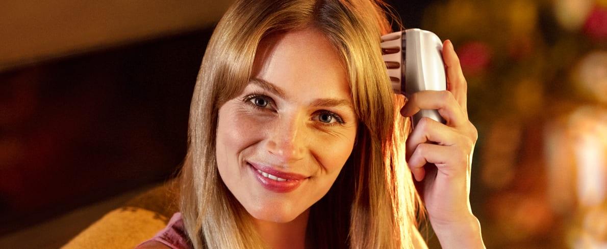 Fén na vlasy Philips Moisture Protect HP8283/00