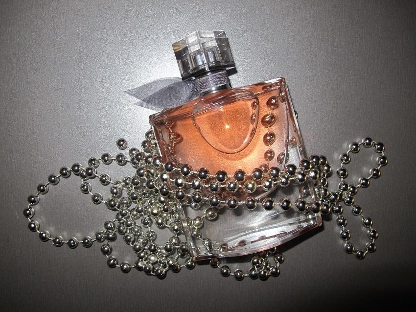 Parfém La Vie Est Belle