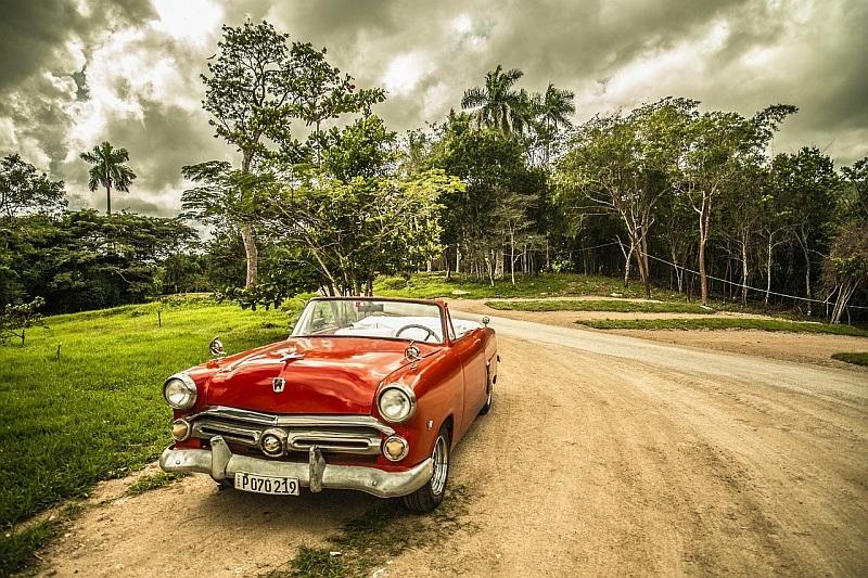 Auto; dovolená autem