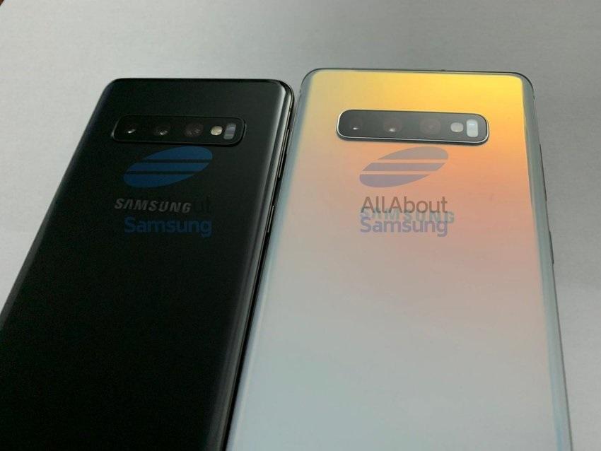 Zadní strana Samsungu Galaxy S10 a S10+