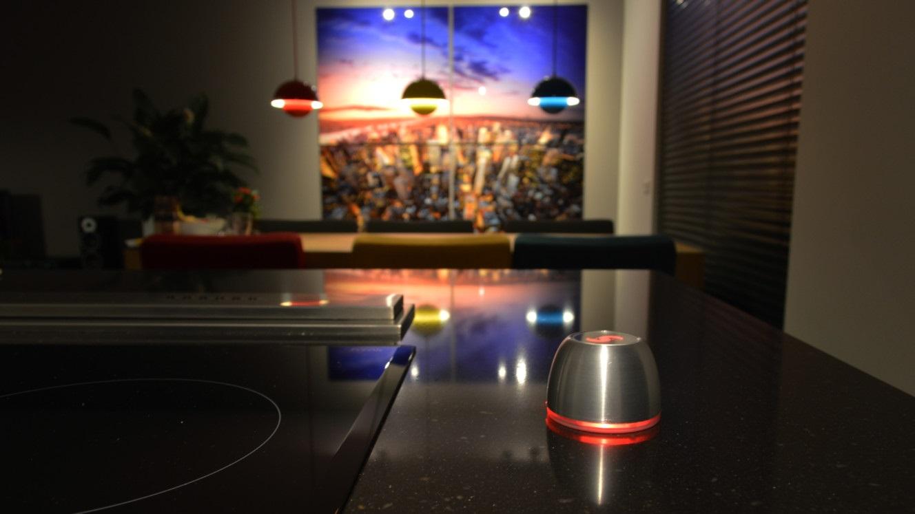 Spin Remote - podsvícení