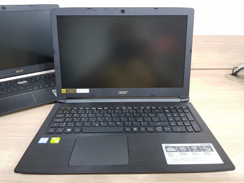 Acer Aspire 3; Acer Aspire 5; recenze; Čelní pohled