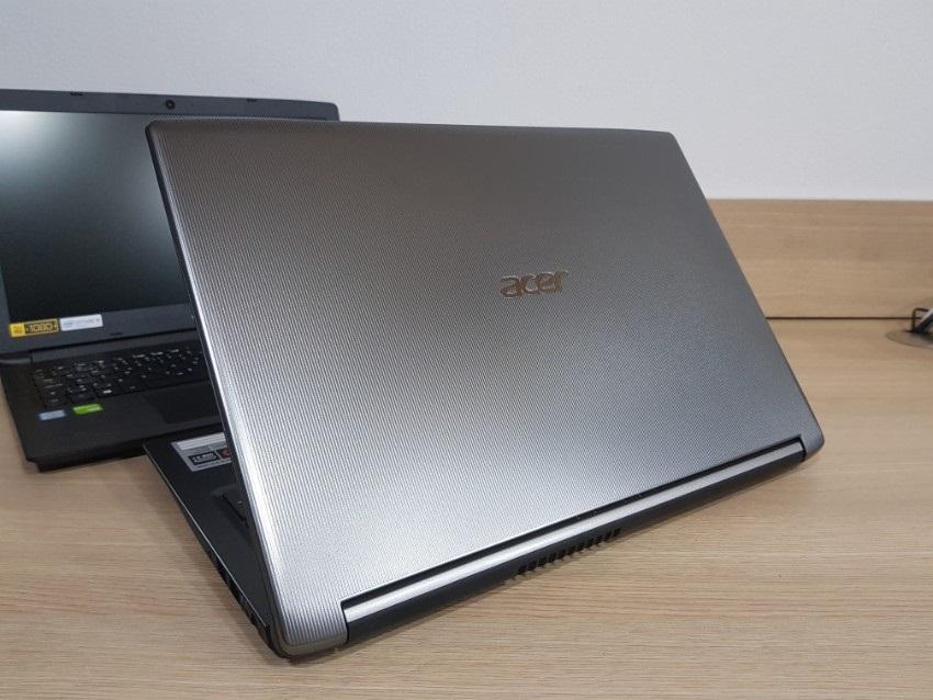 Acer Aspire 3; Acer Aspire 5; recenze; Zadní kryt