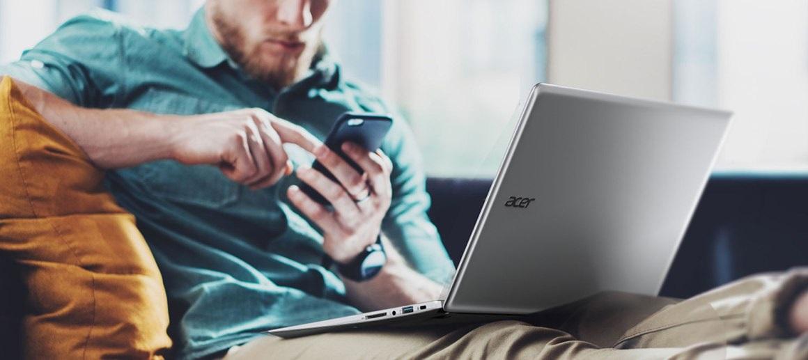 Pracovní notebook Acer