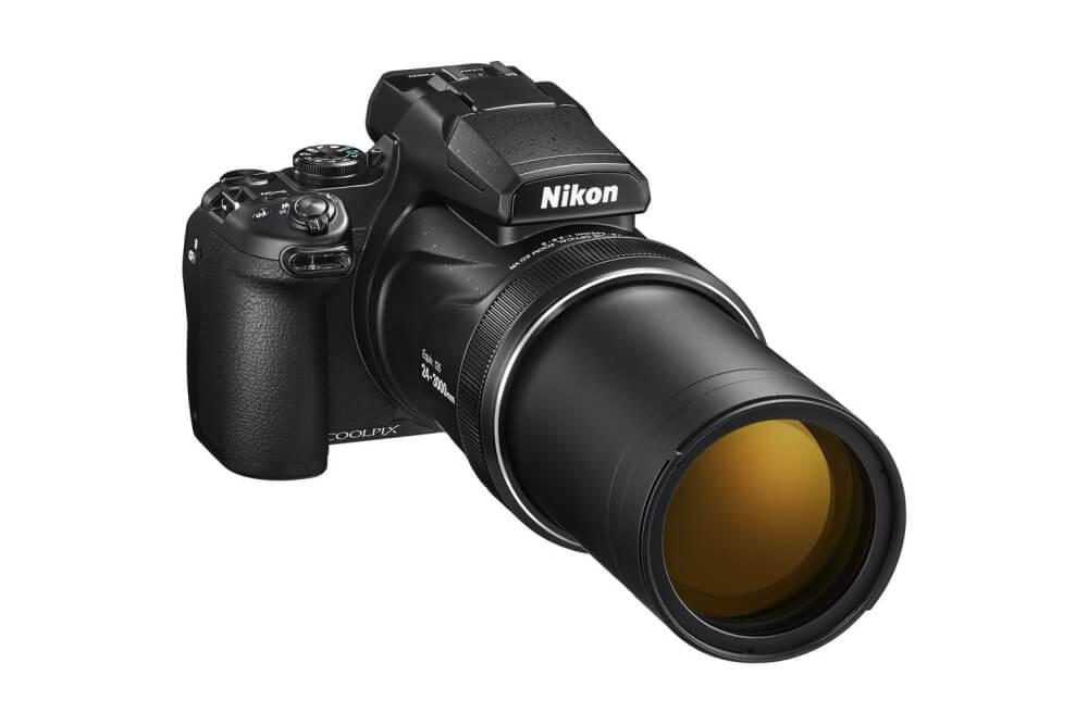 Ultrazoom fotoaparát Nikon Coolpix P1000