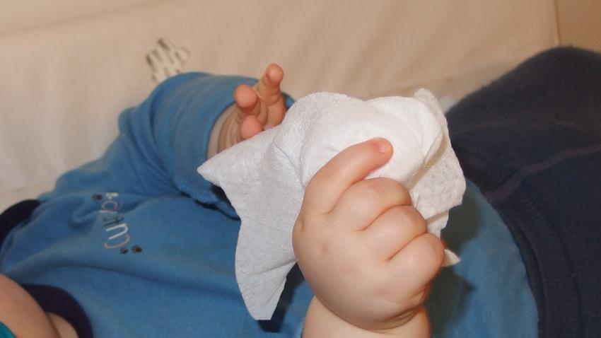 Vlhčené ubrousky Baby Dove sensitive moisture